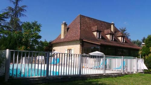 Hôtel-Restaurant Vézère Lodge : Hotel near Audrix