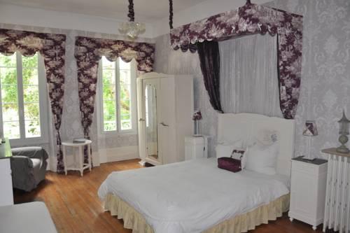 Chambres d'Hôtes L'Arbre d'Or de Marc-Aurele : Bed and Breakfast near Avensac
