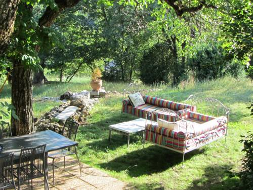Les Balcons du Paradis 06 accessible à pied uniquement : Bed and Breakfast near Guillaumes