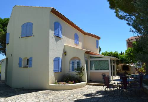La perle de Ceylan : Guest accommodation near Aumes