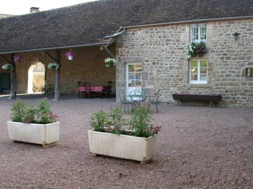 Gite des Vauclins : Bed and Breakfast near Anthien