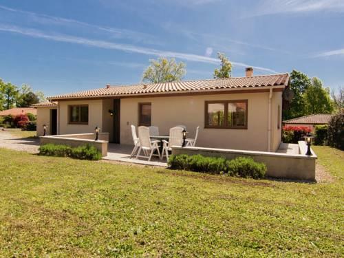 Holiday home Magnolia 1 : Guest accommodation near Saint-Estèphe