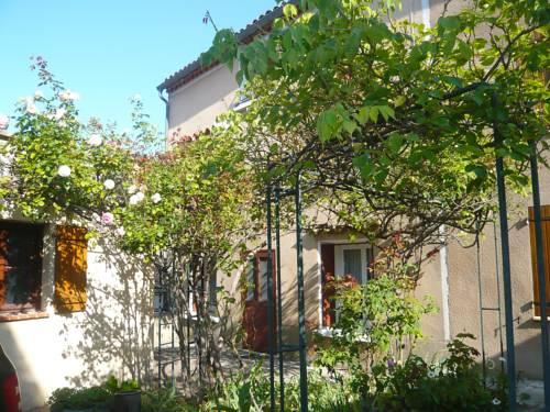 Holiday Home La Maison de la Grand rue : Guest accommodation near Rennes-le-Château