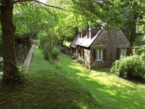Farm Stay Le Moulin de la Republique : Guest accommodation near Chaulieu