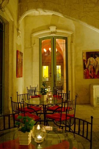 Hôtel Marquis de la Baume : Hotel near Gard