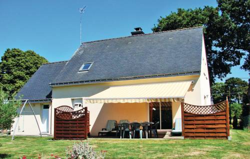 Holiday Home Guehenno Route De Chateauneuf : Guest accommodation near Billio