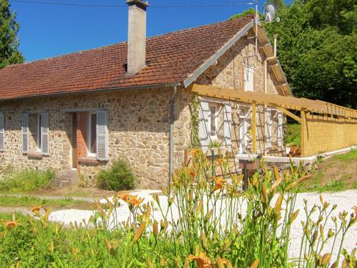 Holiday Home Douillac : Guest accommodation near Le Chalard