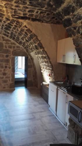 Les Chataignes D'ardeche : Apartment near Aizac