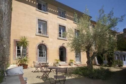 Gîtes & Maison d'Hôtes La Maison Vieille : Bed and Breakfast near Carcassonne