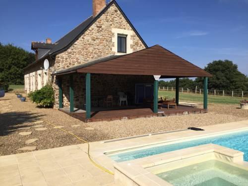 La Genvrie : Guest accommodation near Échemiré