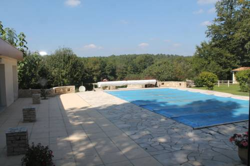 Les Chênes : Bed and Breakfast near Prigonrieux