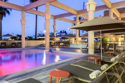 Riviera Marriott Hotel La Porte De Monaco : Hotel near Cap-d'Ail
