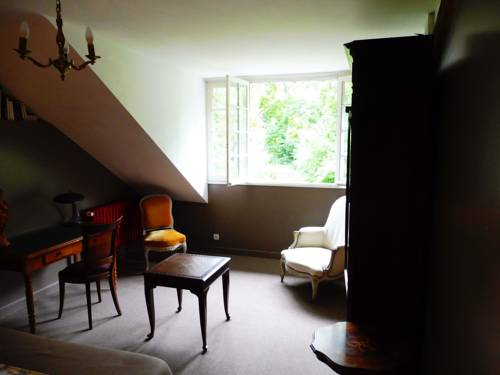 domaine de nanteuil : Bed and Breakfast near Saint-Claude-de-Diray