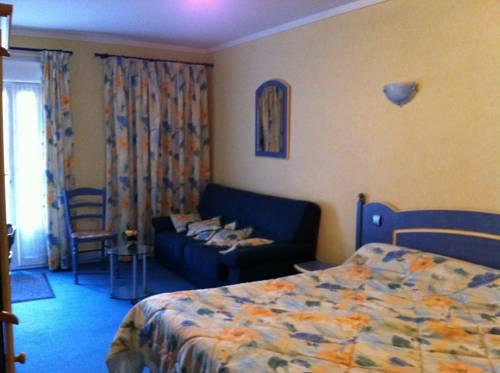 LA CHAPELLE DE CLAMECY SAS : Hotel near Villiers-le-Sec