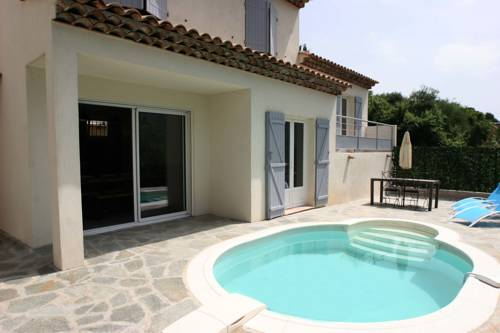 Revazur : Guest accommodation near La Roquette-sur-Var