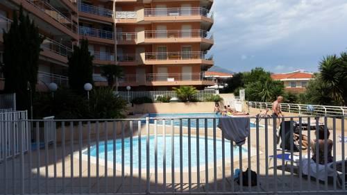 Cap Thalassa : Apartment near Roquebrune-Cap-Martin