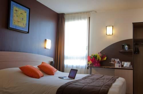 Kyriad Niort : Hotel near Niort