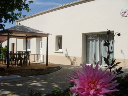 Chambres D'hotes Beaupel : Bed and Breakfast near Chemillé