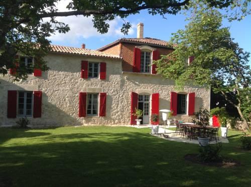 Manoir Saint-Louis : Bed and Breakfast near Argenton