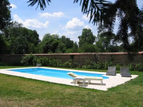 Gîte Ker Dame Marie : Guest accommodation near Saint-Aubin-de-Luigné