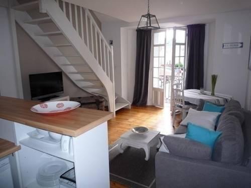 Apartment Rue Travot : Hotel near Vendée