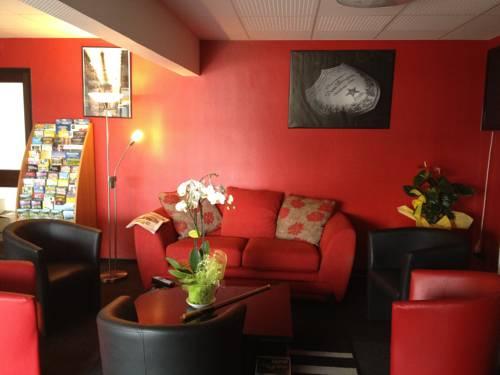Hôtel - Restaurant Le Saint Joseph : Hotel near Colombier