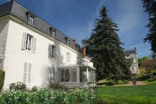 Maison d'hôtes - Domaine de La Thiau : Bed and Breakfast near Ouzouer-sur-Trézée