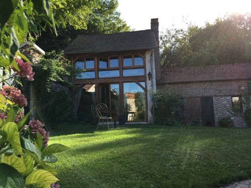 Evergreen : Bed and Breakfast near Saint-Illiers-le-Bois