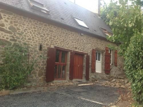 au petit bonheur : Guest accommodation near Ri