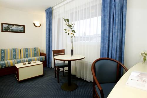 Appart'City Le Havre : Guest accommodation near Saint-Martin-du-Manoir