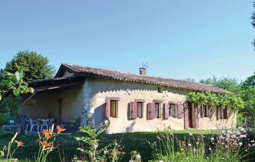 Holiday Home Allee Du Chateau : Guest accommodation near Agonac