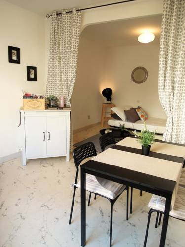 Colombet Stay's - Place Saint Côme : Apartment near Montpellier
