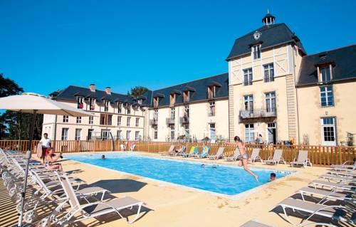 Odalys Residence Prestige Le Chateau de Kergonano : Guest accommodation near Baden
