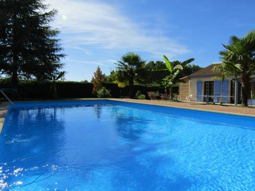 Chez Isa et Dens : Bed and Breakfast near Chancelade