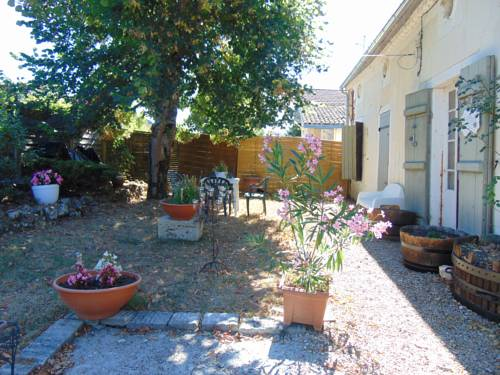 Cocoon'Ange : Guest accommodation near Bonneville-et-Saint-Avit-de-Fumadières