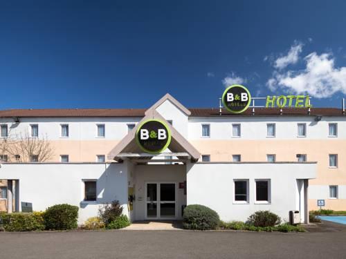 B&B Hôtel MAUREPAS : Hotel near Le Tremblay-sur-Mauldre