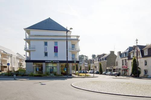 Cerise Lannion : Hotel near Côtes-d'Armor