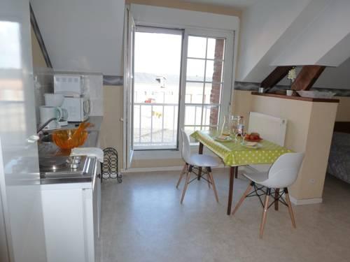 Studio Ferme de Bonavis : Apartment near Le Catelet