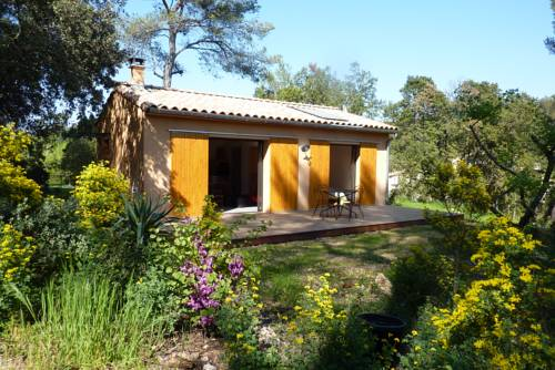 Maisonnette Dans Les Bois : Guest accommodation near Assas