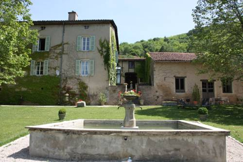 La Barre : Bed and Breakfast near Nivollet-Montgriffon