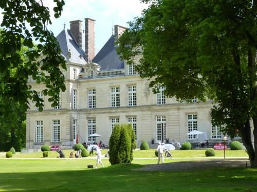 Château de Raray : Hotel near Auger-Saint-Vincent