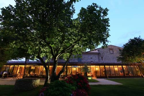 Michel Chabran : Hotel near Glun