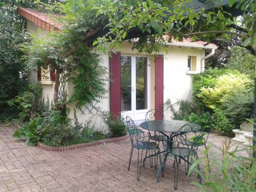 Residence des Beaux Regards : Apartment near Vignely