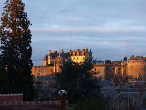 Le Point De Vue De Leonard : Guest accommodation near Amboise