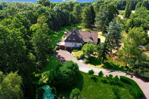 HOUSE PARK villa : Guest accommodation near Presles-en-Brie