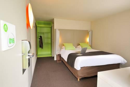 Campanile Montélimar Les Tourrettes : Hotel near Baix