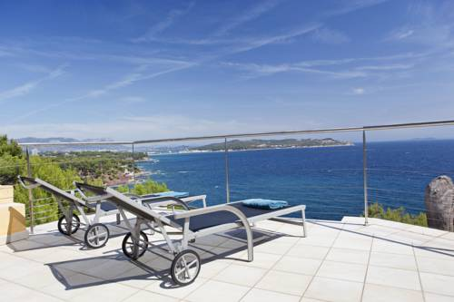 Real Seafront Villa : Guest accommodation near La Seyne-sur-Mer