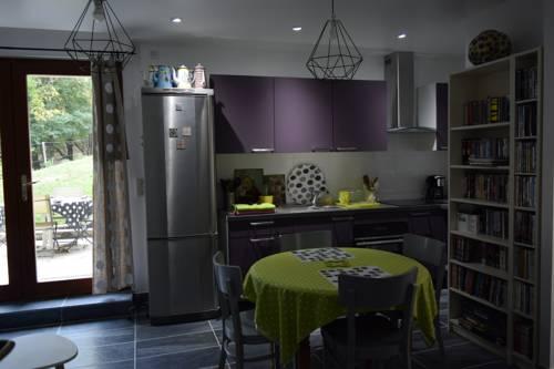 Chez Marie : Apartment near Auberives-en-Royans