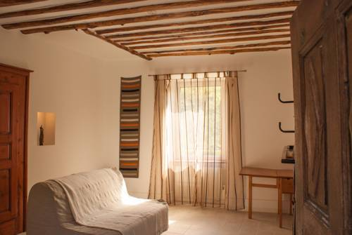 Le Colombier : Bed and Breakfast near Lalley