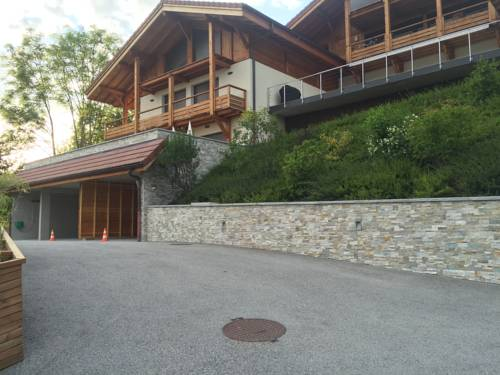 Chaletlomy : Guest accommodation near Reignier-Esery